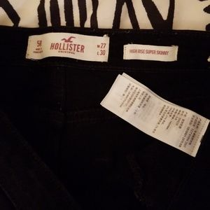 Hollister Jeans - HOLLISTER  DESTROYED JEANS
